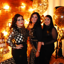 Black and gold 39's party
