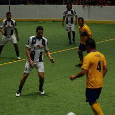 'Encuentro de Leyendas del futbol y Pesado'