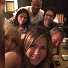 Jennifer Aniston dice hola a instagram