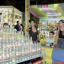 Celebran con una Gran Kermesse
