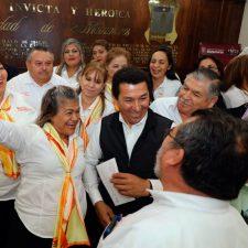 Anuncia Alcalde Mario López modernización y equipamiento de bomberos